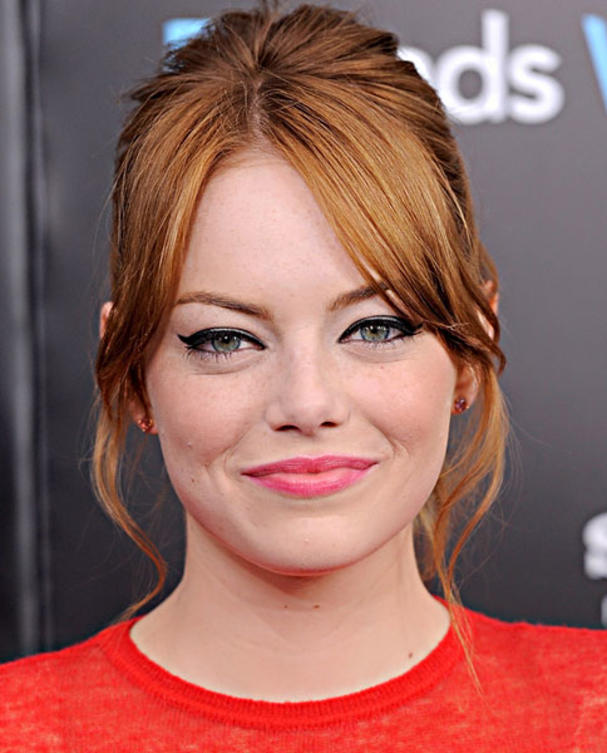 emma-stone-make-up-cat-eyes