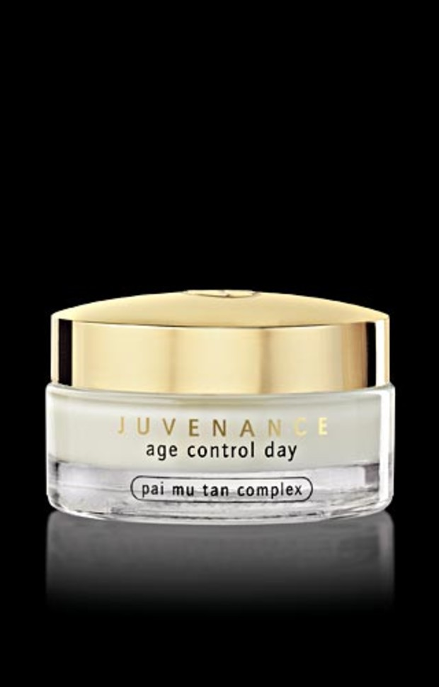 JUVENANCE-Age-Control-Day-300dpi 01