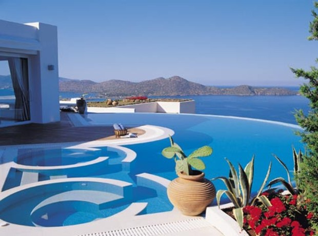 Pools-G9-Elounda-Kreta