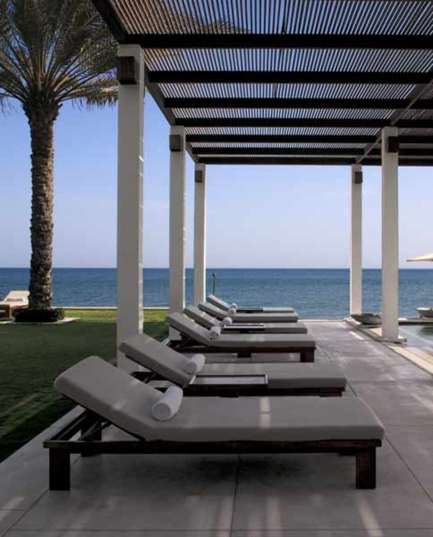 The-Chedi-Muscat1 -Swimming