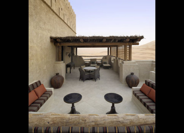 Quasr-el-sarab-Terrace-with