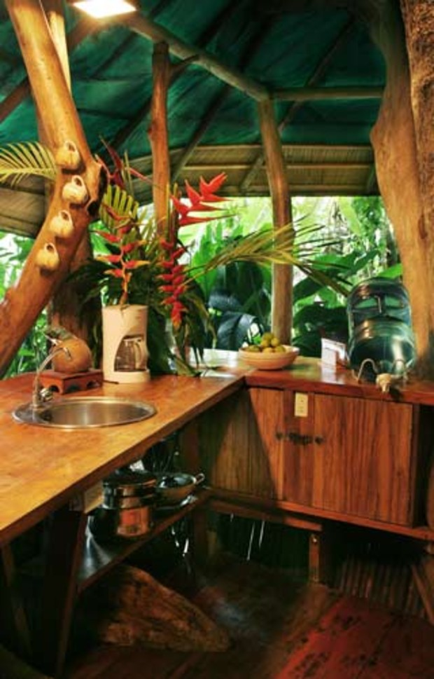 Costa-Rica-Tree-House-Hotel-Kitchen