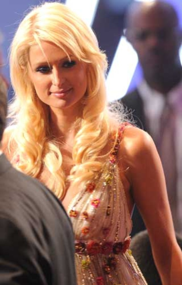 peoples-choice-33-paris-hilton
