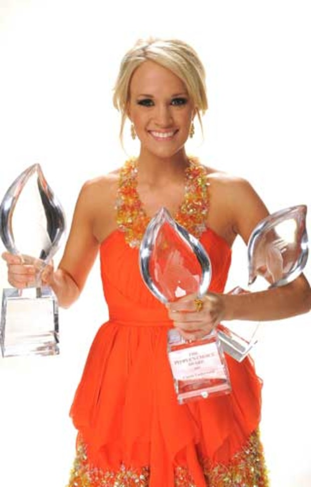 peoples-choice-carrie-underwood-female-singer-awards