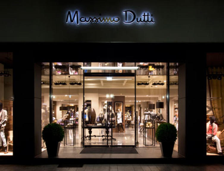 massimo dutti store in d sseldorf ein spanier auf der k. Black Bedroom Furniture Sets. Home Design Ideas