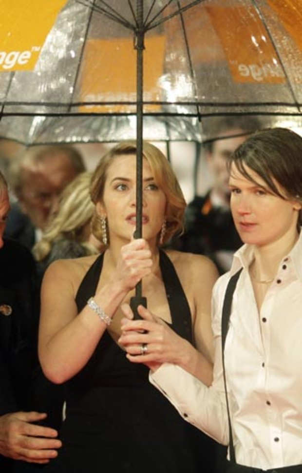 bafta-2009-event-red-carpet-kate-winslet