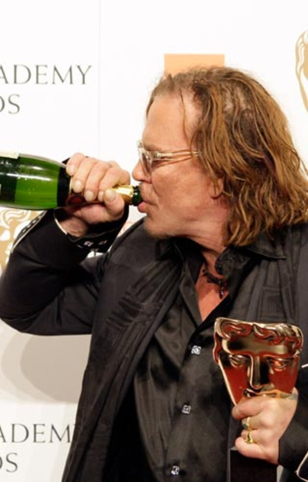 bafta-2009-event-red-carpet-mickey-rourke