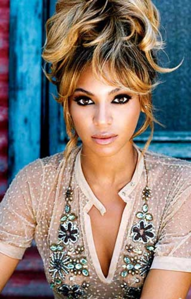 beyonce-posiert-sexy-fuer-album