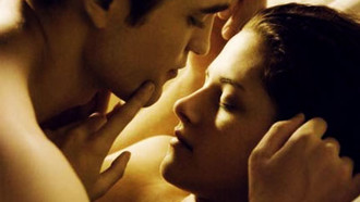 Breaking Dawn: Liebesszene mit Robert Pattinson und Kristen Stewart