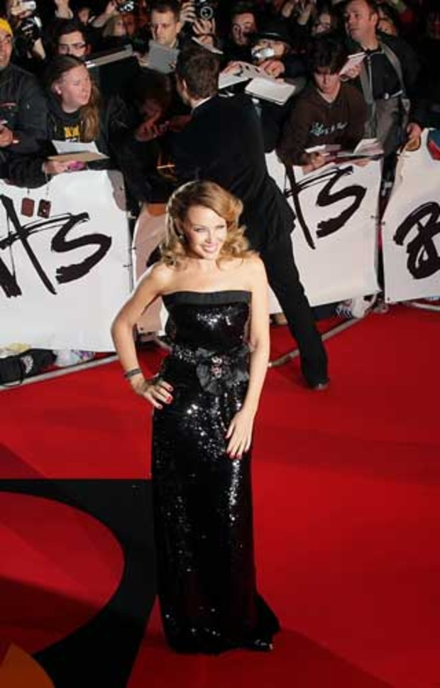 3-brit-awards-kylie-minogue-AV