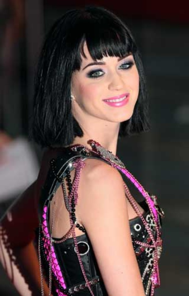 6-brit-awards-katy-perry-AV