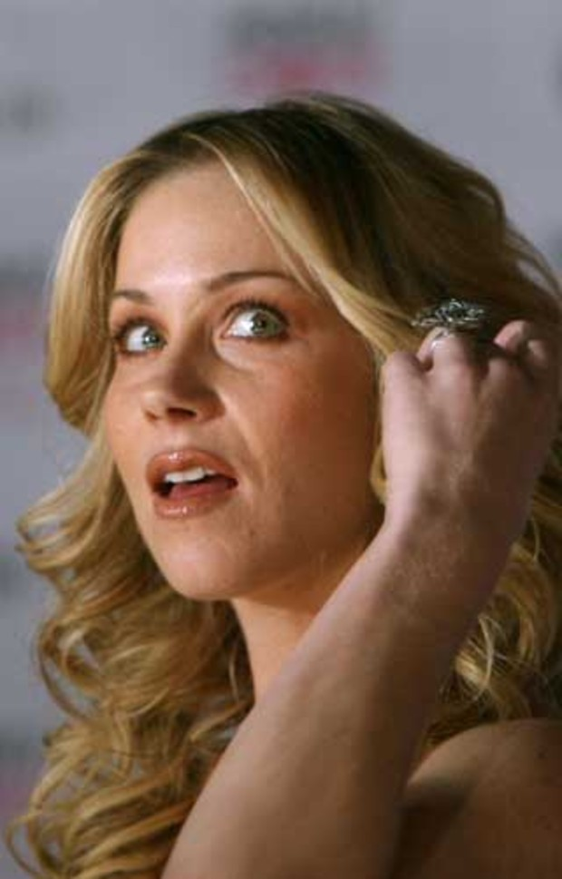 christina-applegate-6