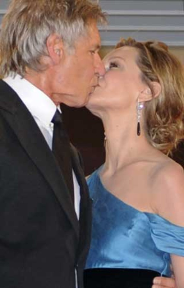 calista-flockheart-harrison-ford-kuss-kiss