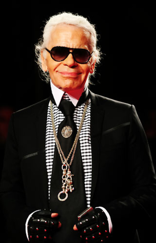 karl-lagerfeld-extreme-beauty-in-vogue
