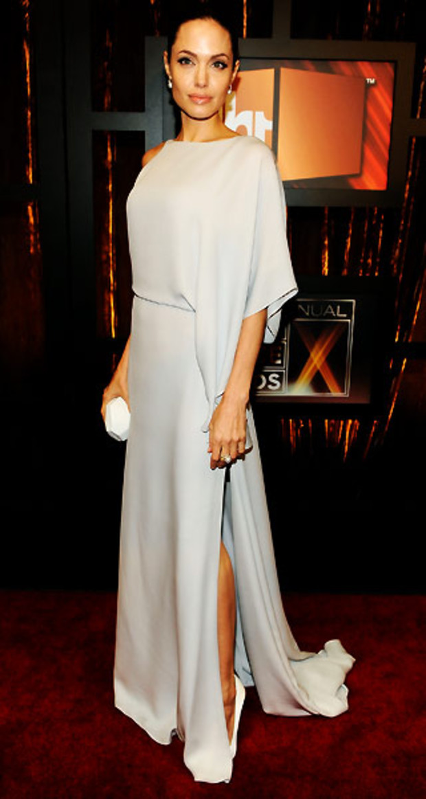 angelina-jolie-critics-choice-azria
