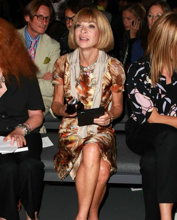 anna-wintour-front-row