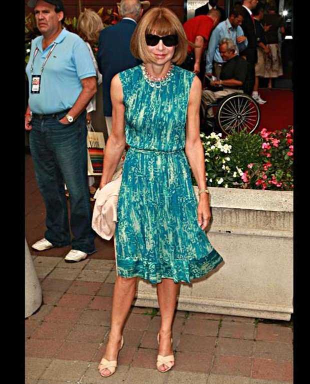Anna-Wintour-attends-the-8th-Annual-USTA-Serves -OPENing-Gala-during-the-2008-US-Open-at-the-Presidents-Gate-at-the-USTA-Billie-Jean-King-National-...