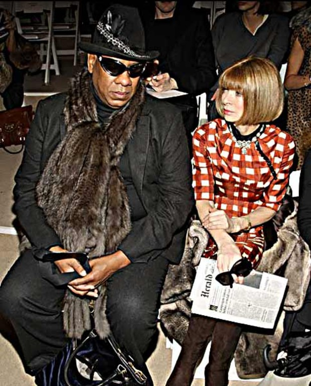 Anna-Wintour-attends-the-Peter-Som-2008