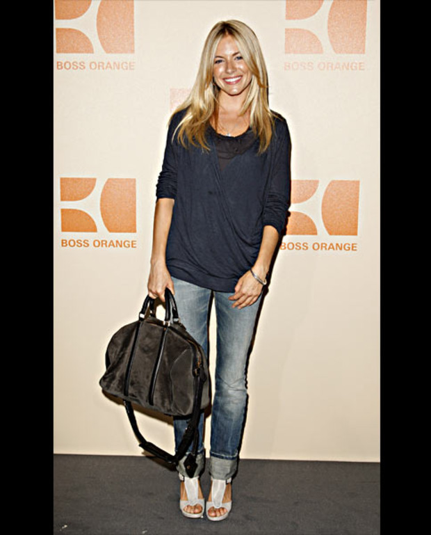 sienna-miller-boss-orange-fashion-week