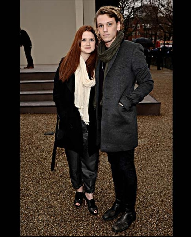 Bonnie-Wright-and-Jamie-Cambell-Bowe-burberry