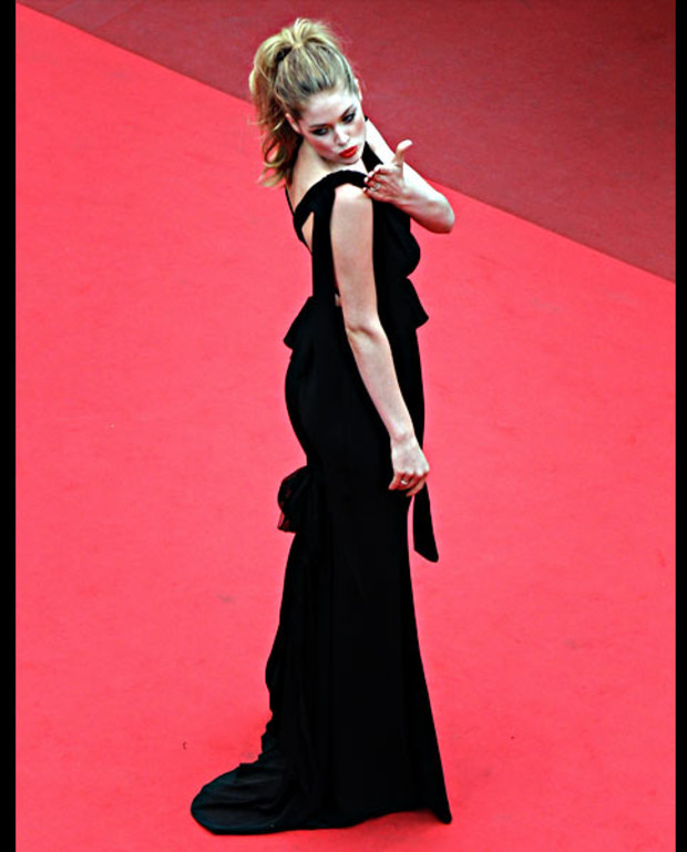 Doutzen-Kroes-cannes-2011