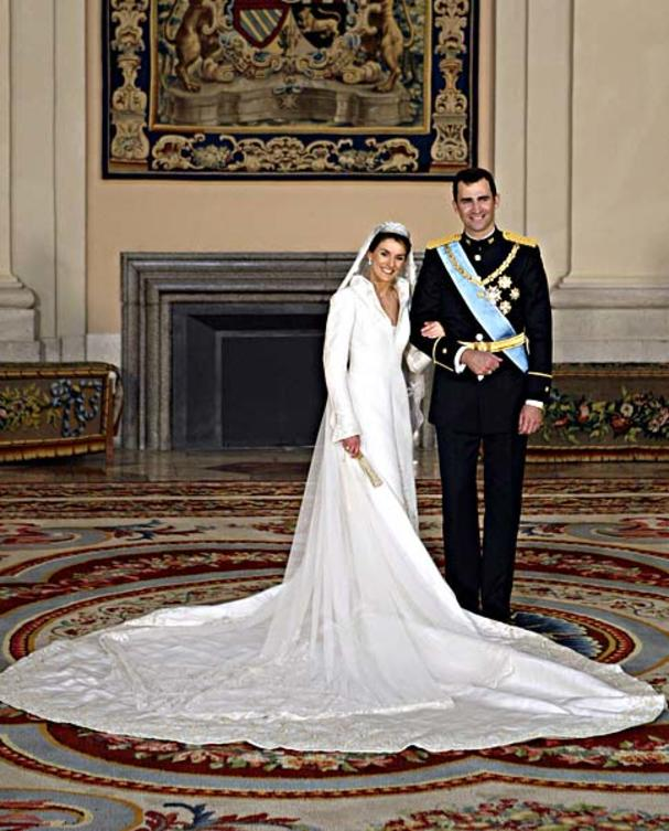 kate middleton brautkleid grace kelly style. Black Bedroom Furniture Sets. Home Design Ideas