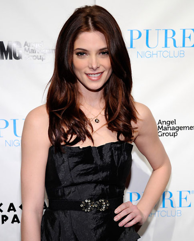 3-Single-Ladies-Ashley-Greene