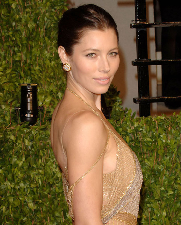 6-Single-Ladies-Jessica-Biel