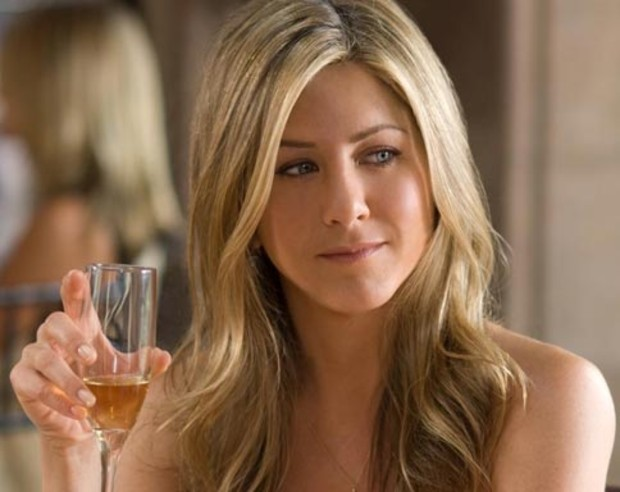 jennifer-aniston-just-not-into-2009