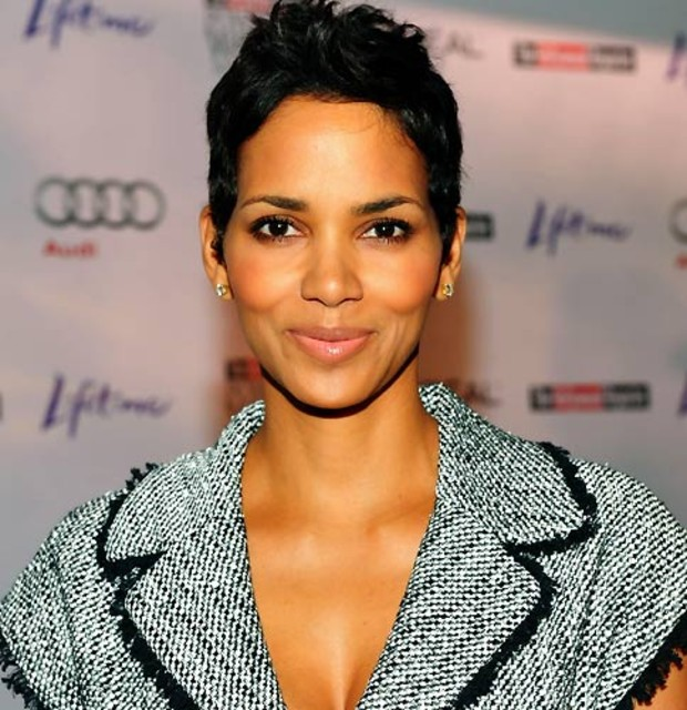 10-beauty-halle-berry