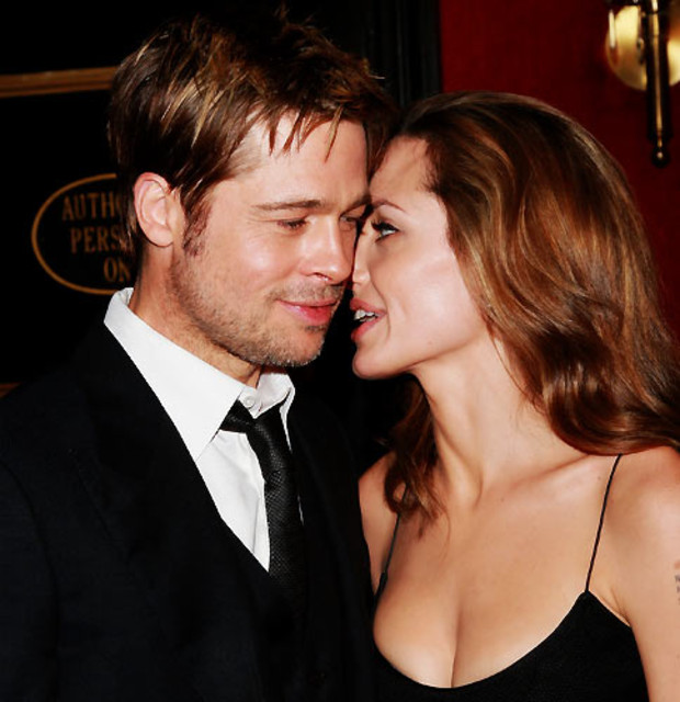 8-brad-pitt-angelina-sex