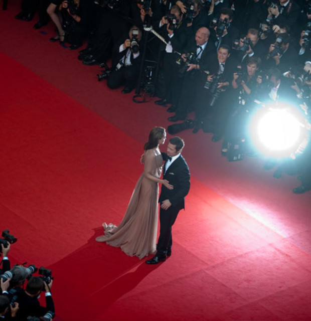 brad-angelina-cannes-red-2009