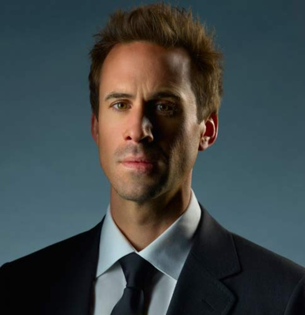 2-flash-forward-joseph-fiennes