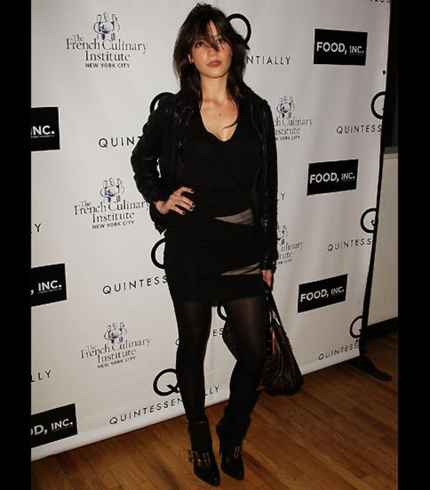 daisy-lowe-gothic-look
