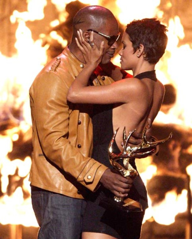 spike-awards-halle-berry-jamie-foxx