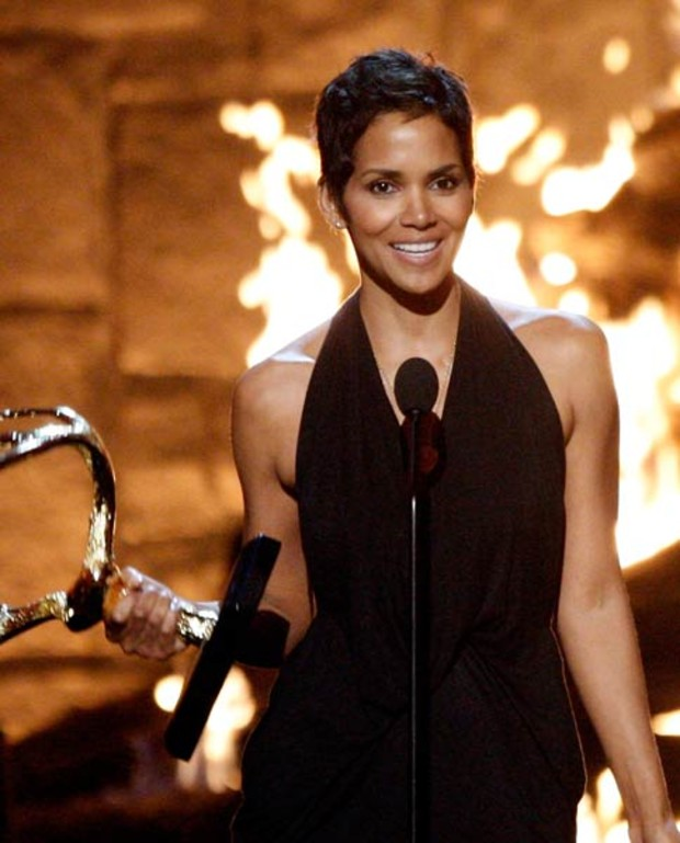 spike-awards-halle-berry