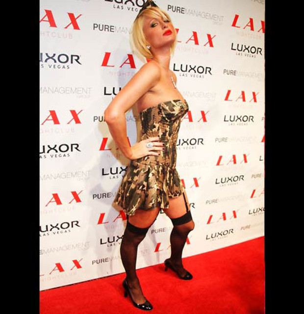 6-paris-hilton-halloween