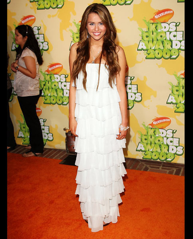 11-miley-cyrus-kids-choice-sheri-bodell
