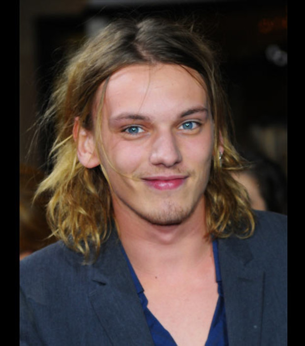 jamie-campbell-bower-new-moon