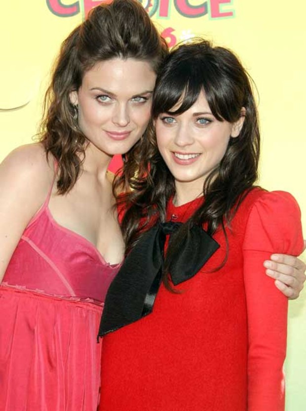 4-emily-zooey-deschanel