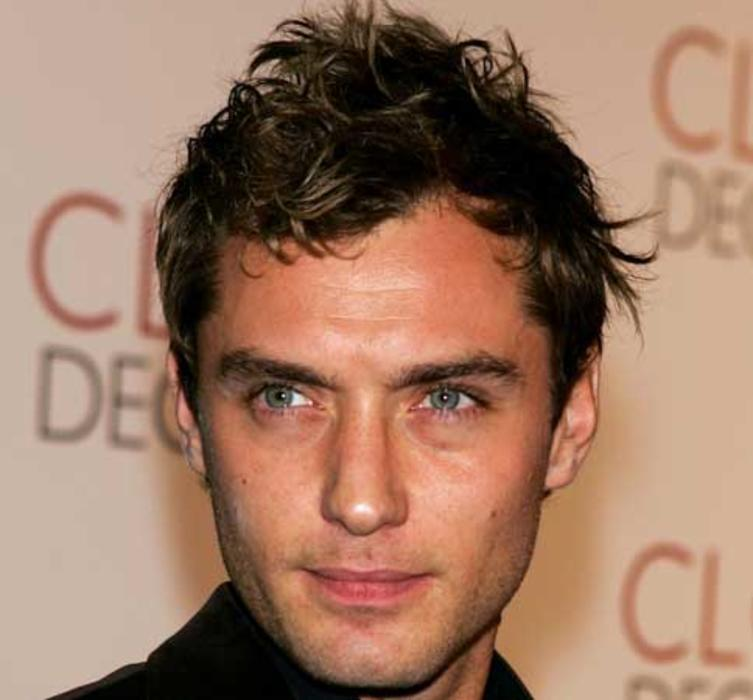 2004-jude-law-sexiest-man-people