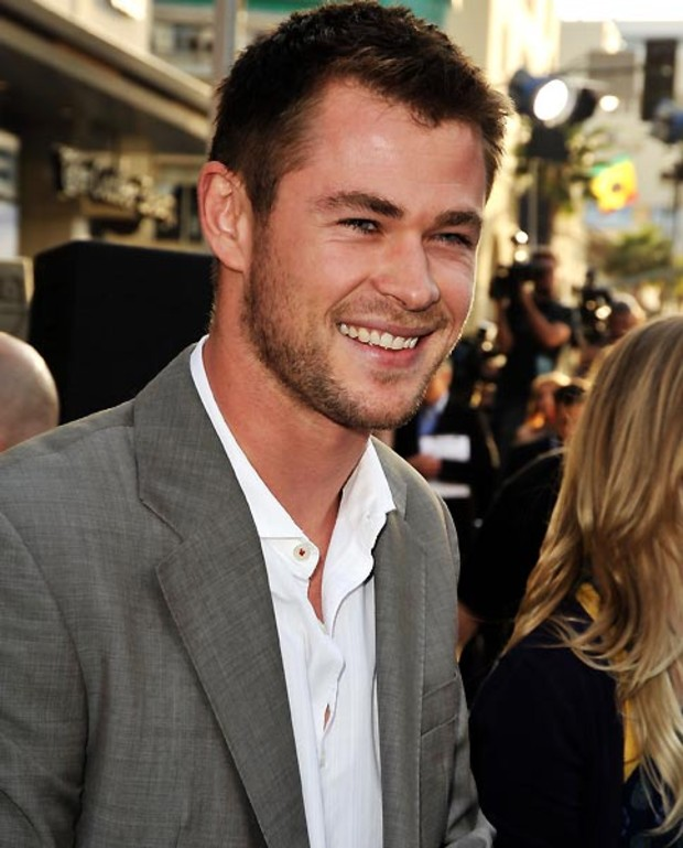 6-chris-hemsworth-single