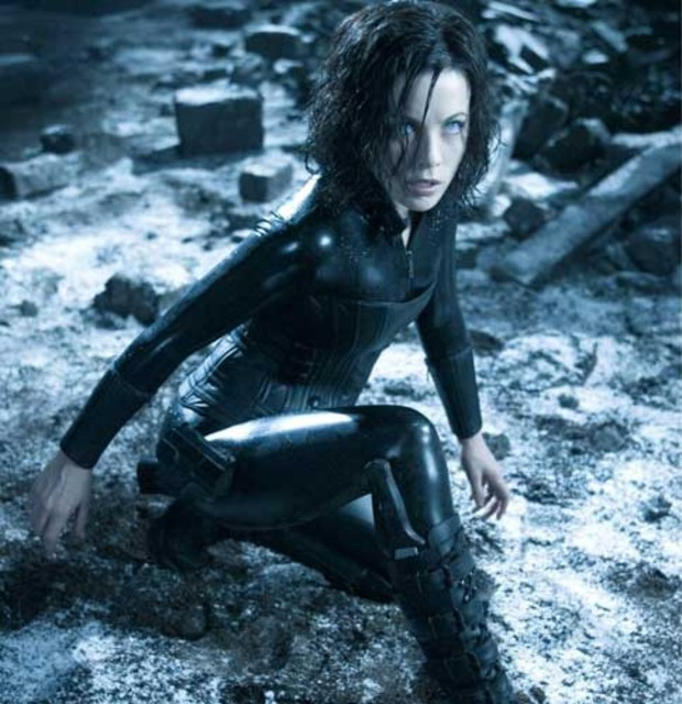 1-kate-beckinsale-underworld
