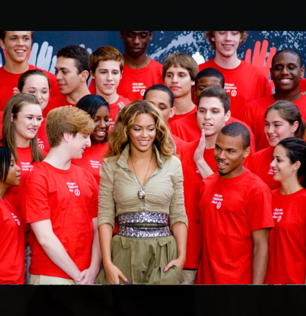 beyonce-helping-hand
