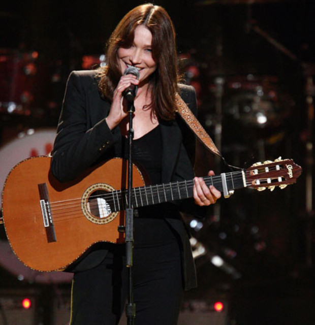carla-bruni-mandela-day