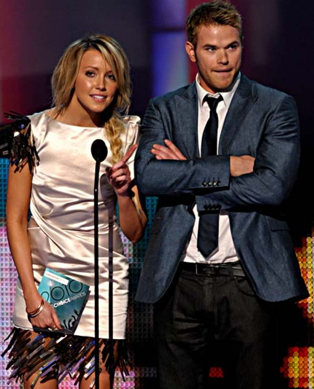 Katie-Cassidy-and-Actor-Kellan-Lutz-peoples-choice