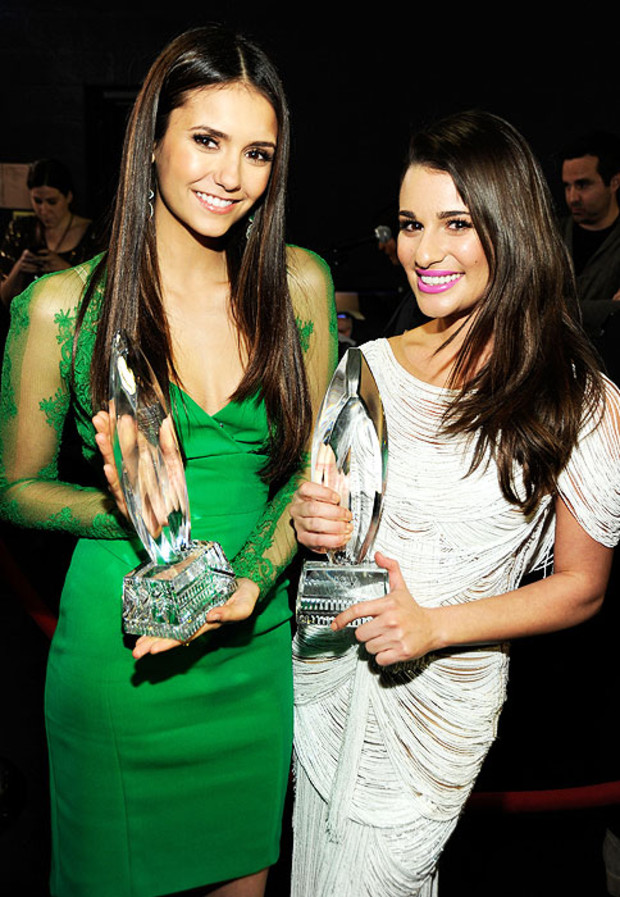Nina-Dobrev-Lea-Michele-Peoples-Choice-Awards-2012