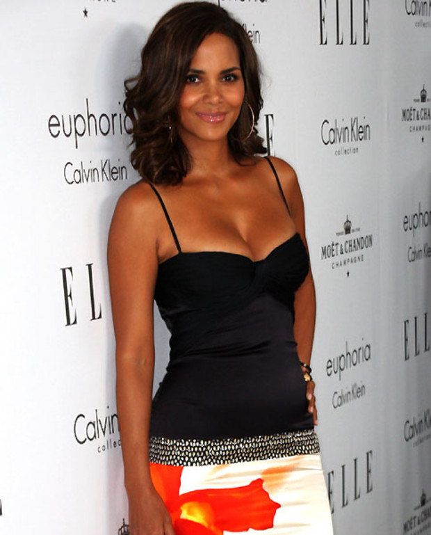 Halle-Berry-Esquire-Sexiest-Woman-Alive-2008