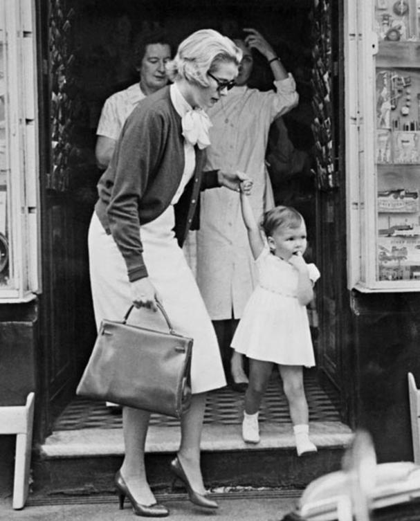 grace-kelly-kelly-bag-1958-afp