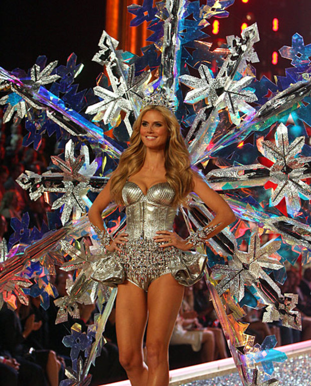 Victoria-Secret-Best-of-Heidi-Klum-2007